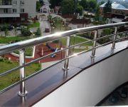 Балконные ограждения из нержавеющей стали.
